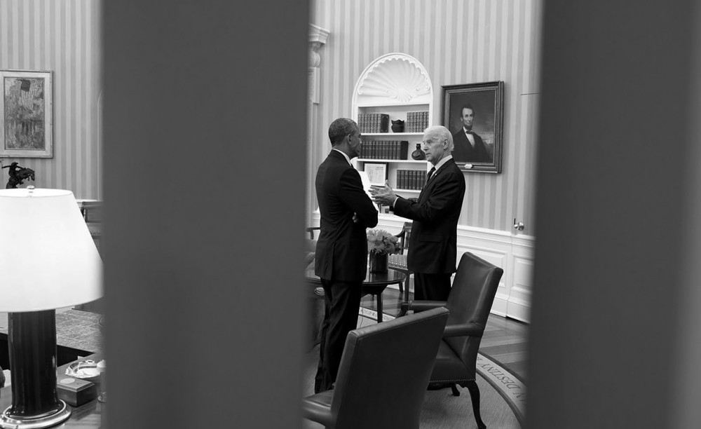 President Barack Obama talks with Vice President Joe Biden in the Oval Office, April 15, 2015. Photo: The White House